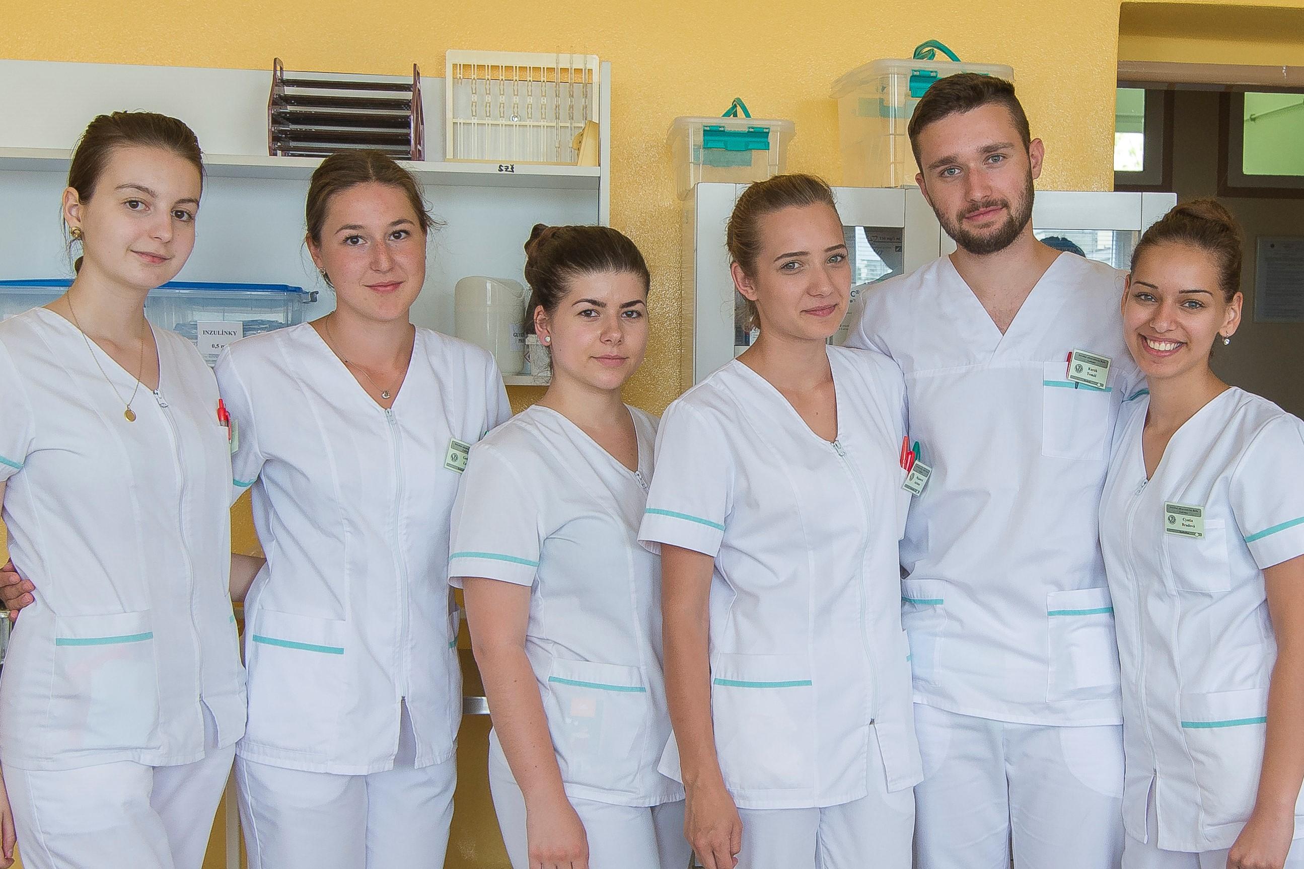 Praktické sestry potrebuje slovenské zdravotníctvo ako soľ - ASZSSR 3f4bc7171d7