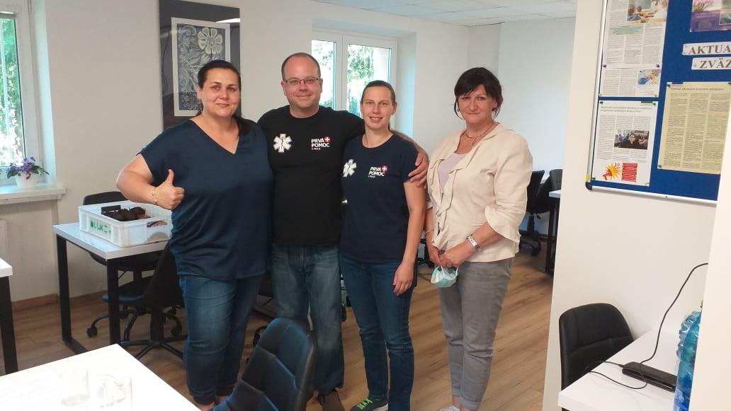 Záchranári, organizačný tím